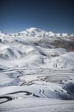 1608035703103_Low_Tibet_Everest